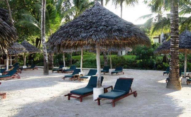 Hotel Pinewood Beach 4 5 Sterne Hotel An Ruhigem Traumstrand